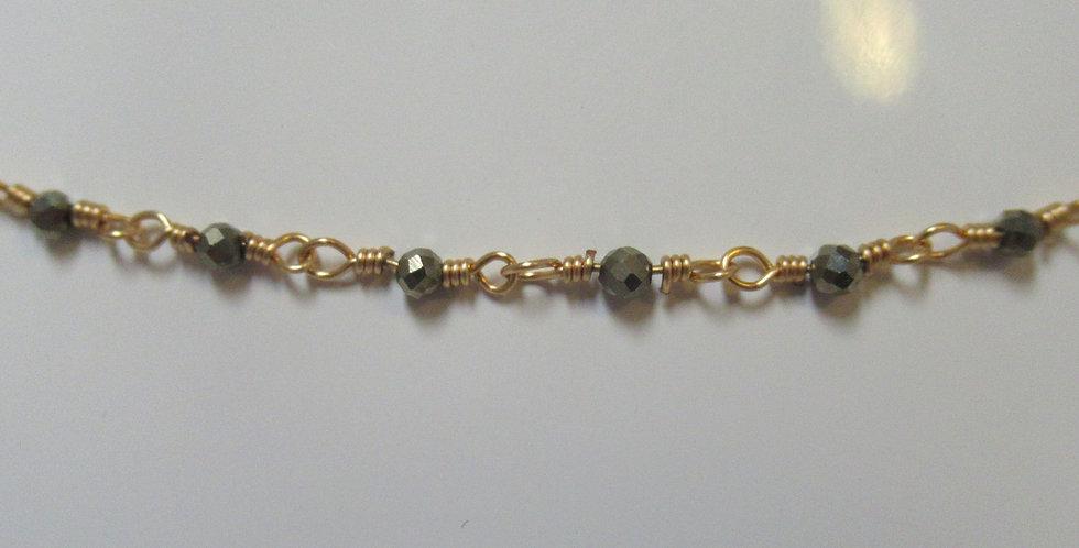 Collier Zag perles fines grises Acier doré