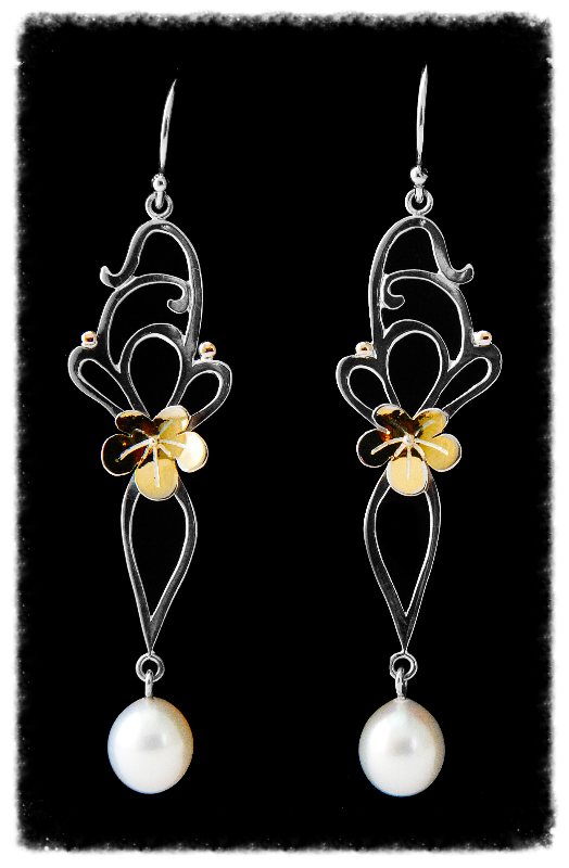 Floral Silver and pearl earrings