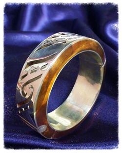 Silver hinged bangle