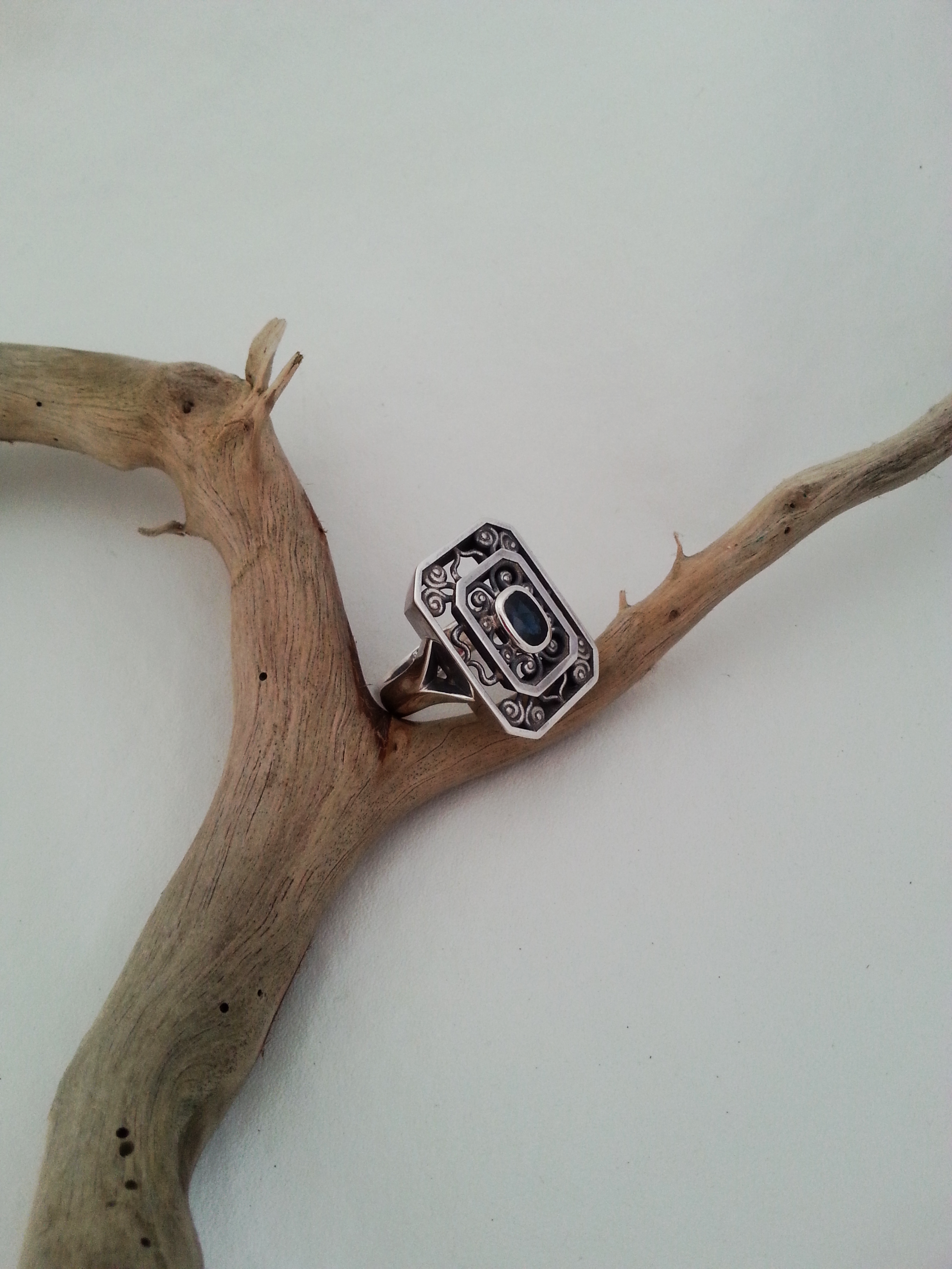 Silver dress ring
