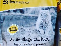 Lifes Abundance cat food
