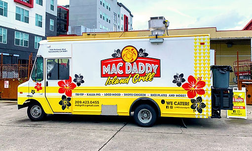 Mac Daddy food truck - tower brewing