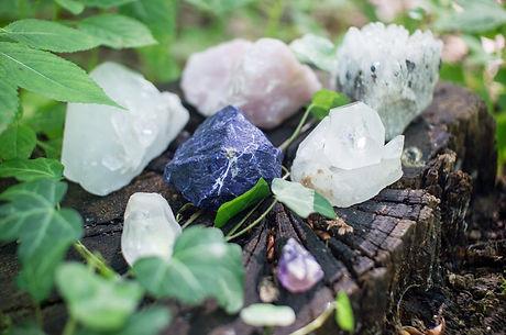 crystals-1567953_1920 (1).jpg