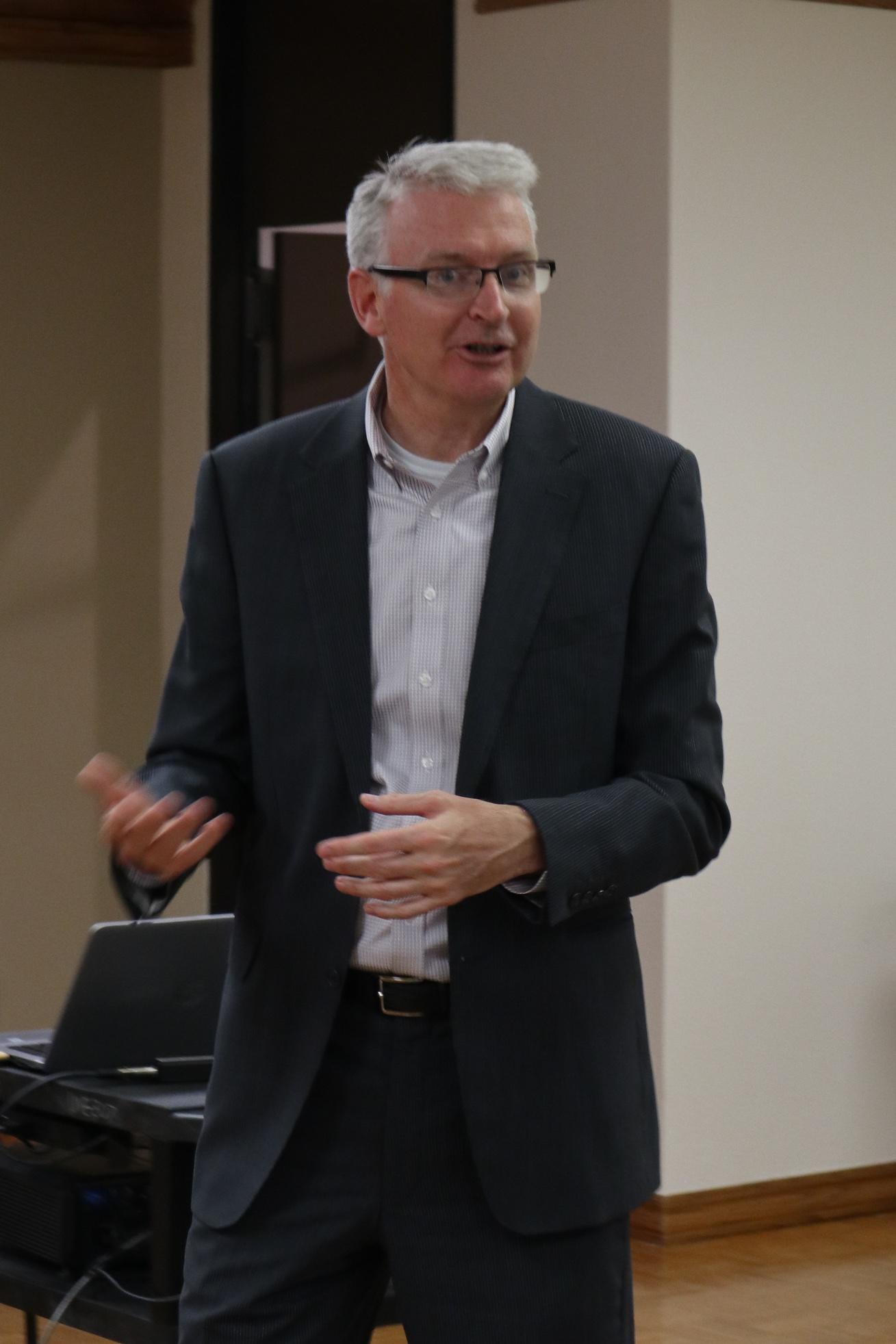 Dr. Paul Kortenaar