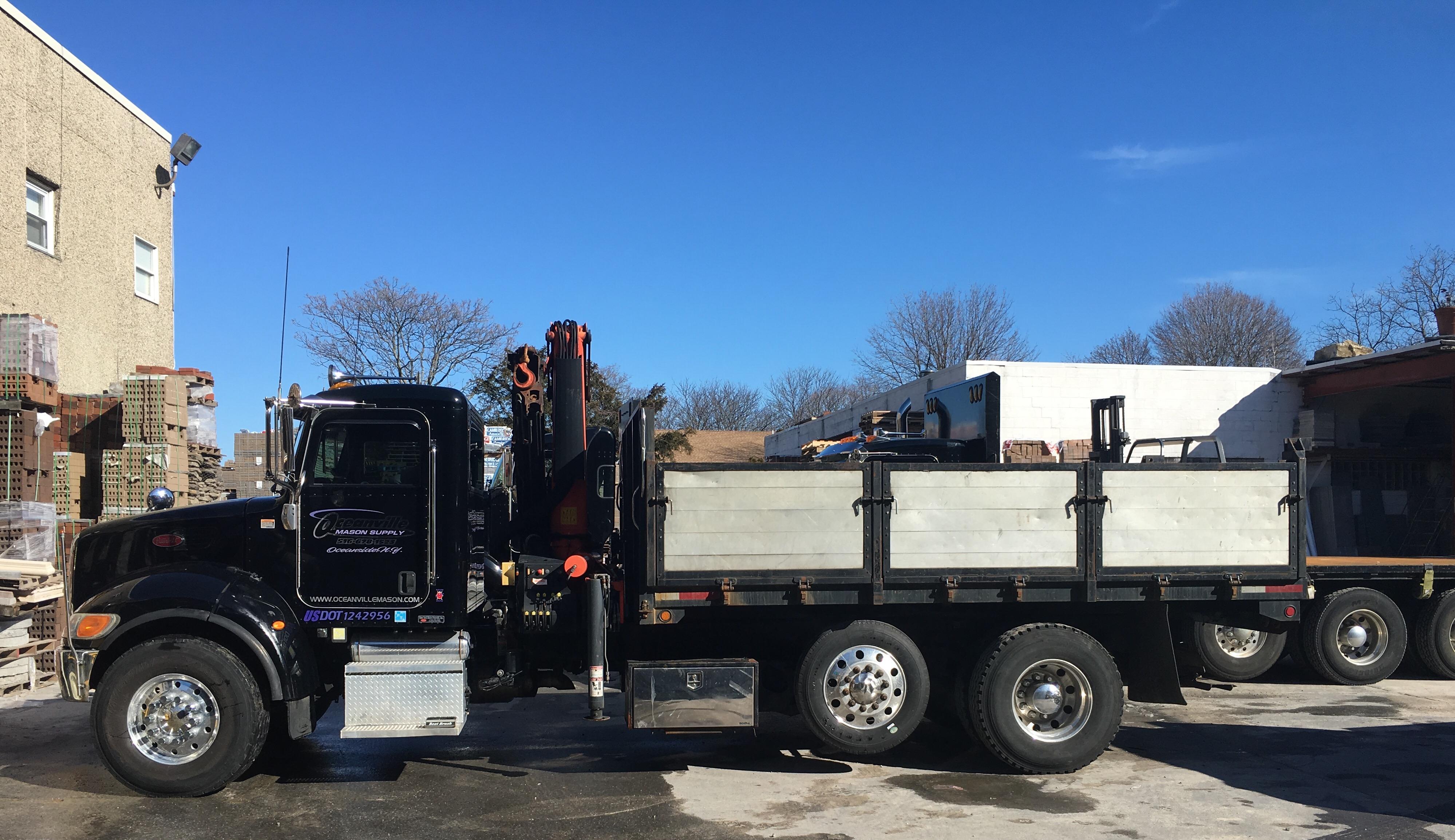 Boom/Dump truck