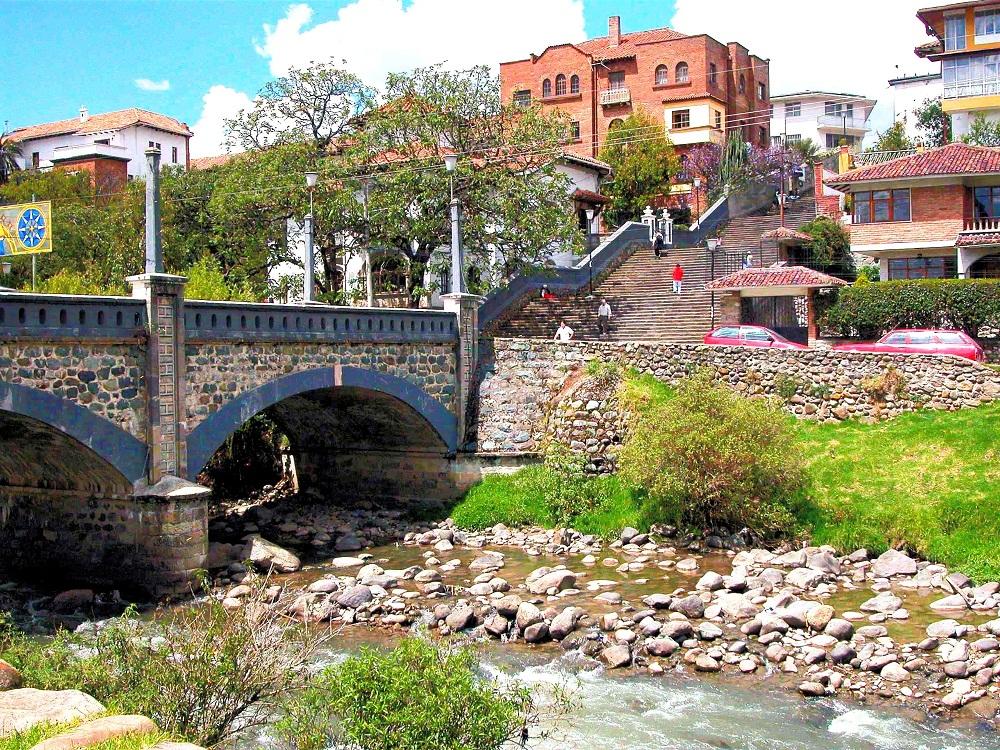 El Barranco (Ravine) of Tomebamba River