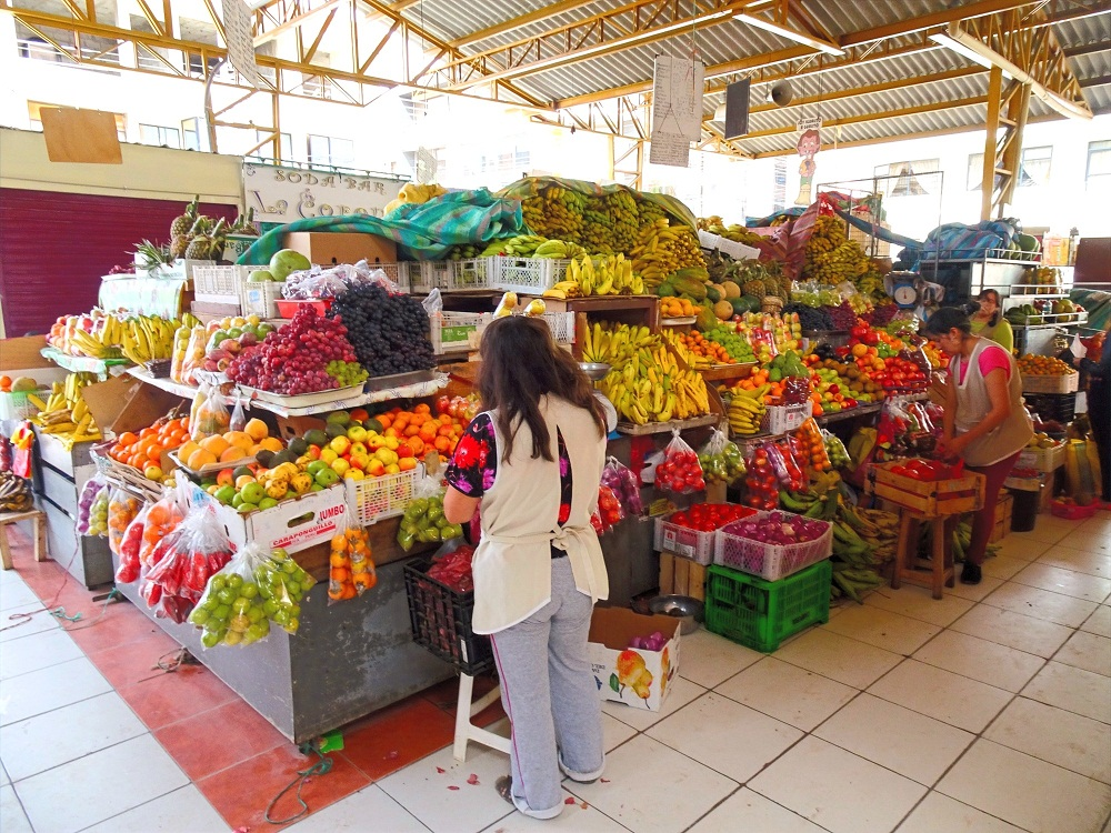 Gualaceo's Fruits & Food Market