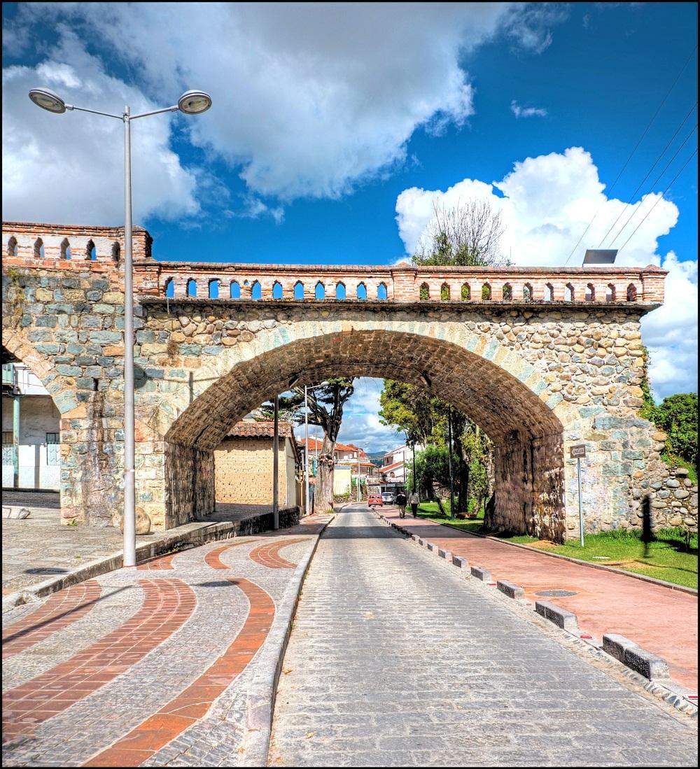 Todos los Santos (All Saints) & Puente Roto (Broken Bridge) Historical Area