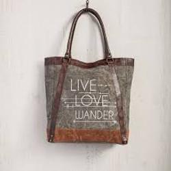 live love wander.jpg