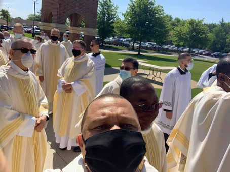 HOLY THURSDAY: THROUGH THE PRIESTHOOD, JESUS CLEANS UP OUR MESS