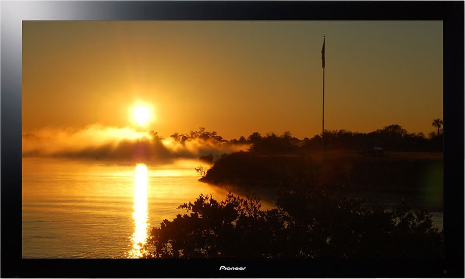 HD Displays (LCD, Plasma)