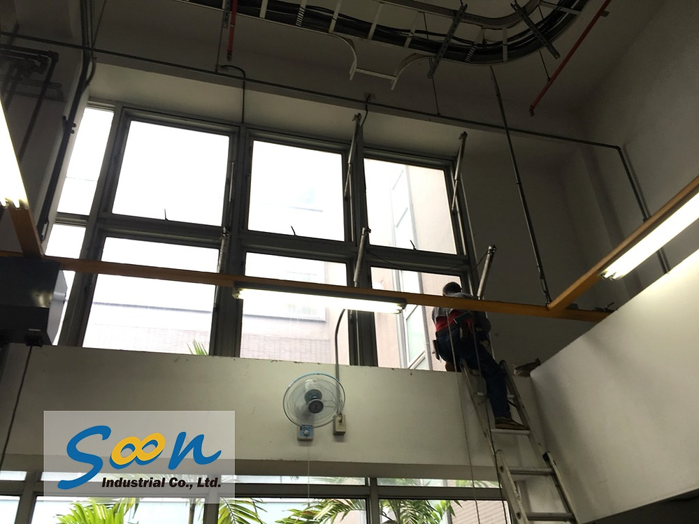 Soon Industrial case of automatic window opener in Automobile maintenance plant - 2