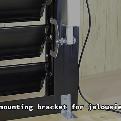 KST-A01 linear actuator applicated as automatic window opener for jalousie windows