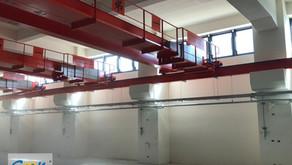 挑高 8 米廠房的電動開窗器系統