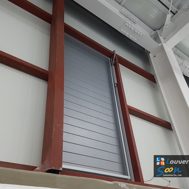 Storehouse / Jalousie Windows / Natural Vent