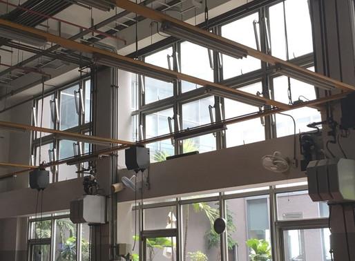 大型汽車修配廠的電動開窗,為廠內師傅帶來充足的新鮮空氣