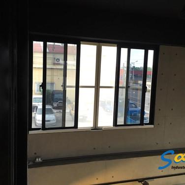 Wood workshop / Sliding windows / Natural Vent