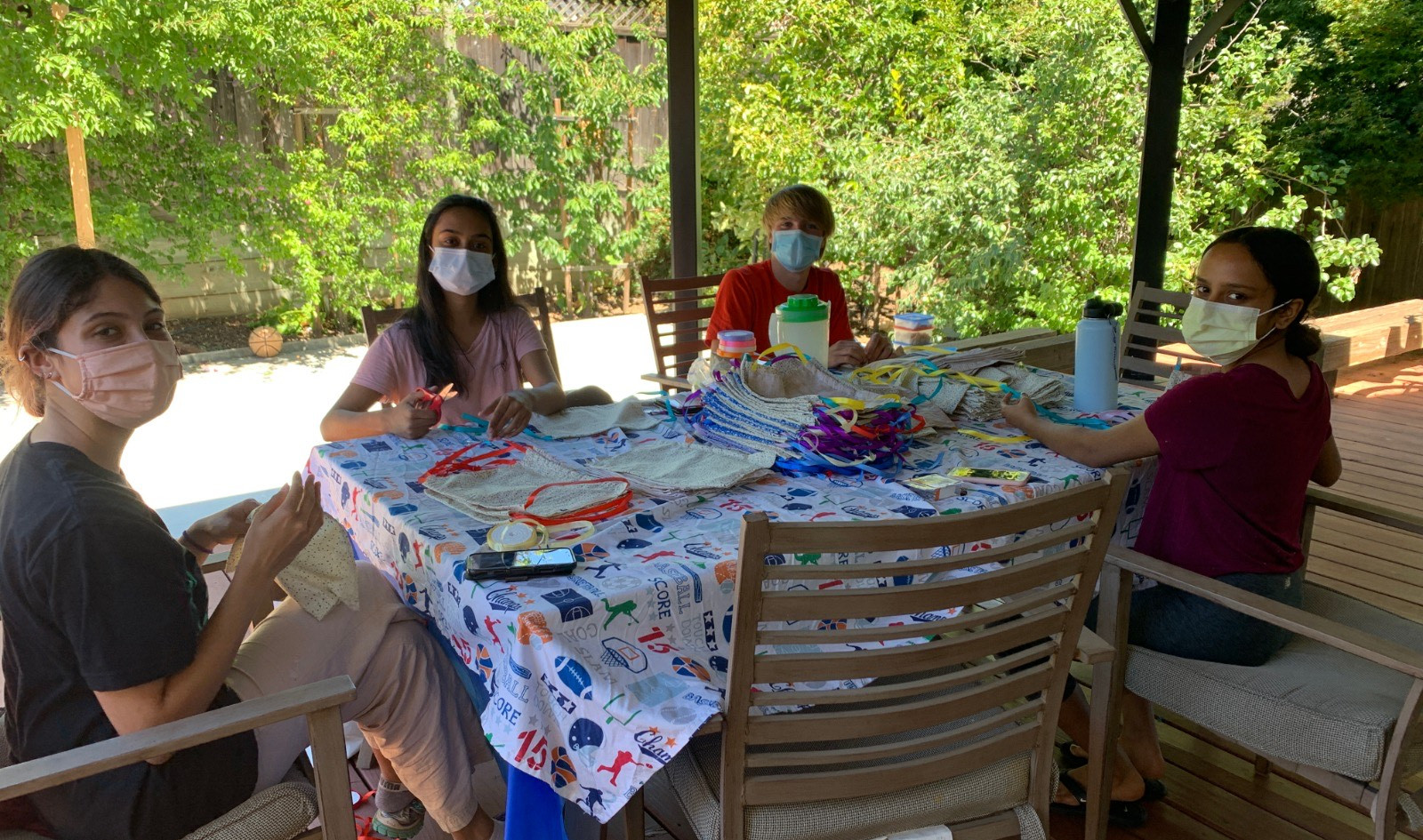 Finn, Aria, Hari & Divija - Mask Making Time!