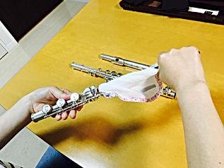 http://www.akiko-flute.com/フルートメンテナンス足部管通し