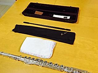 http://www.akiko-flute.com/フルートお手入れ、フルートセット