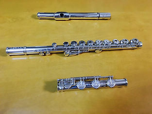http://www.akiko-flute.com/フルートメンテナンス3分割