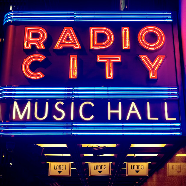 Radio City Music Hall.jfif