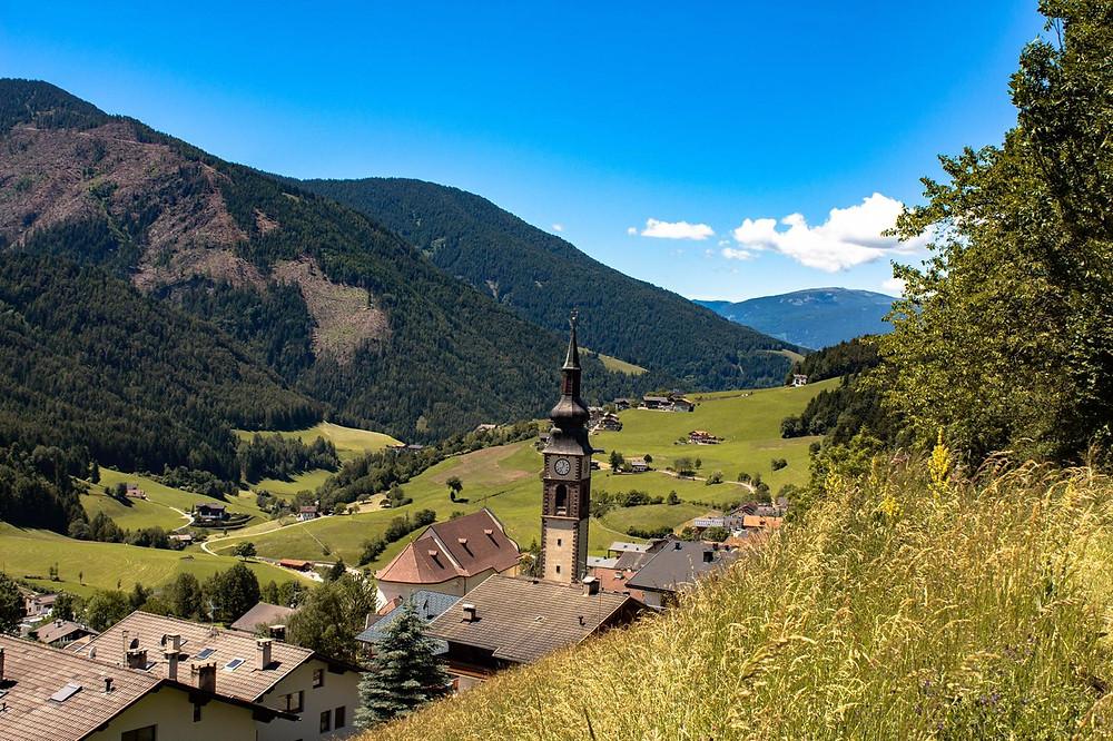 San Pietro e Paolo in Val di Funes