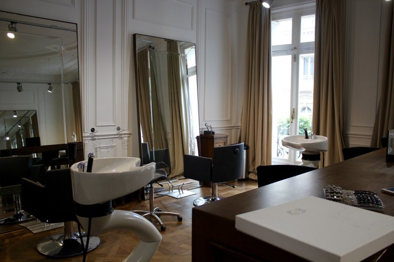Hairstyle-Christophe-Nicolas-Biot-appartement_6