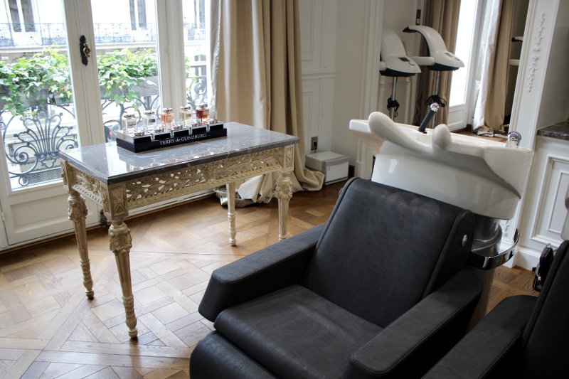 Hairstyle-Christophe-Nicolas-Biot-appartement_4
