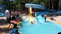 alwaha-water-slides0008.jpg