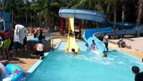 alwaha-water-slides0007.jpg