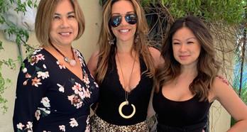 Carolina Brasil visita a profissional que deixa o sorriso das celebridades de Hollywood lindo