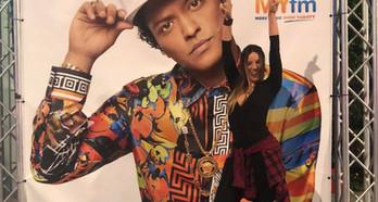 Um arraso o concerto do pop star Bruno Mars, em Los Angeles, USA