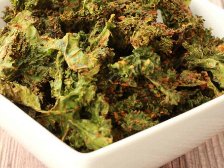 "WOW Recipe: Smokey ""Cheeze"" Covered Kale Chips"