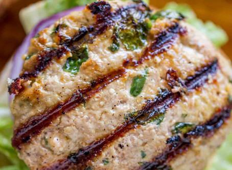 WOW Recipe: Juicy Turkey Burgers