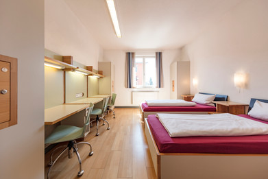Schlafzimmer TFBS Holz