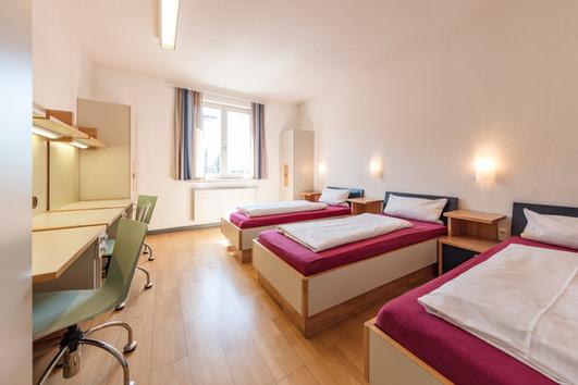 Helle und moderne Zimmer