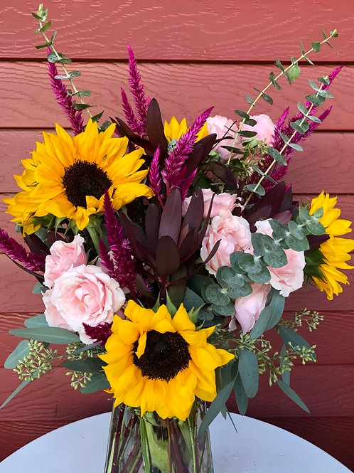 FLOWER FRIDAY arrangements