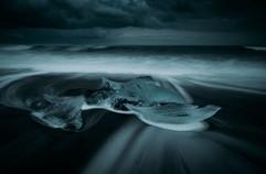 chunks-of-ice-on-crystal-beach-Iceland.jpg