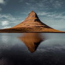 Iceland-landsacpe-photography-Kirkjufell-by-Matt-McGee.jpg