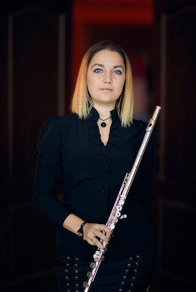 Саша Денисова флейта группы Аркаим