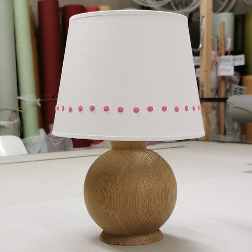 Lampe boule en chêne brut, devis Madame De Laruzière.