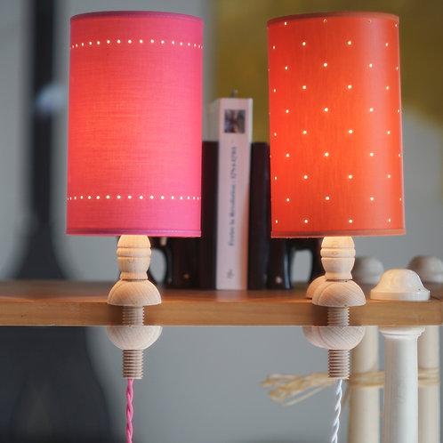 """Lampe """"La Pincette"""" avec abat-jour."""