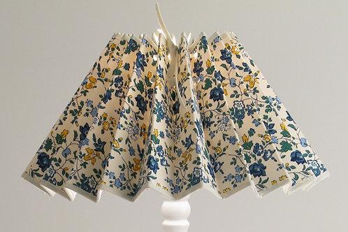 Abat-jour plissé Petites fleurs bleu.