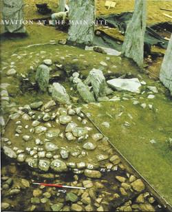 Calanais 1 Grabung mit Raetiasteinen