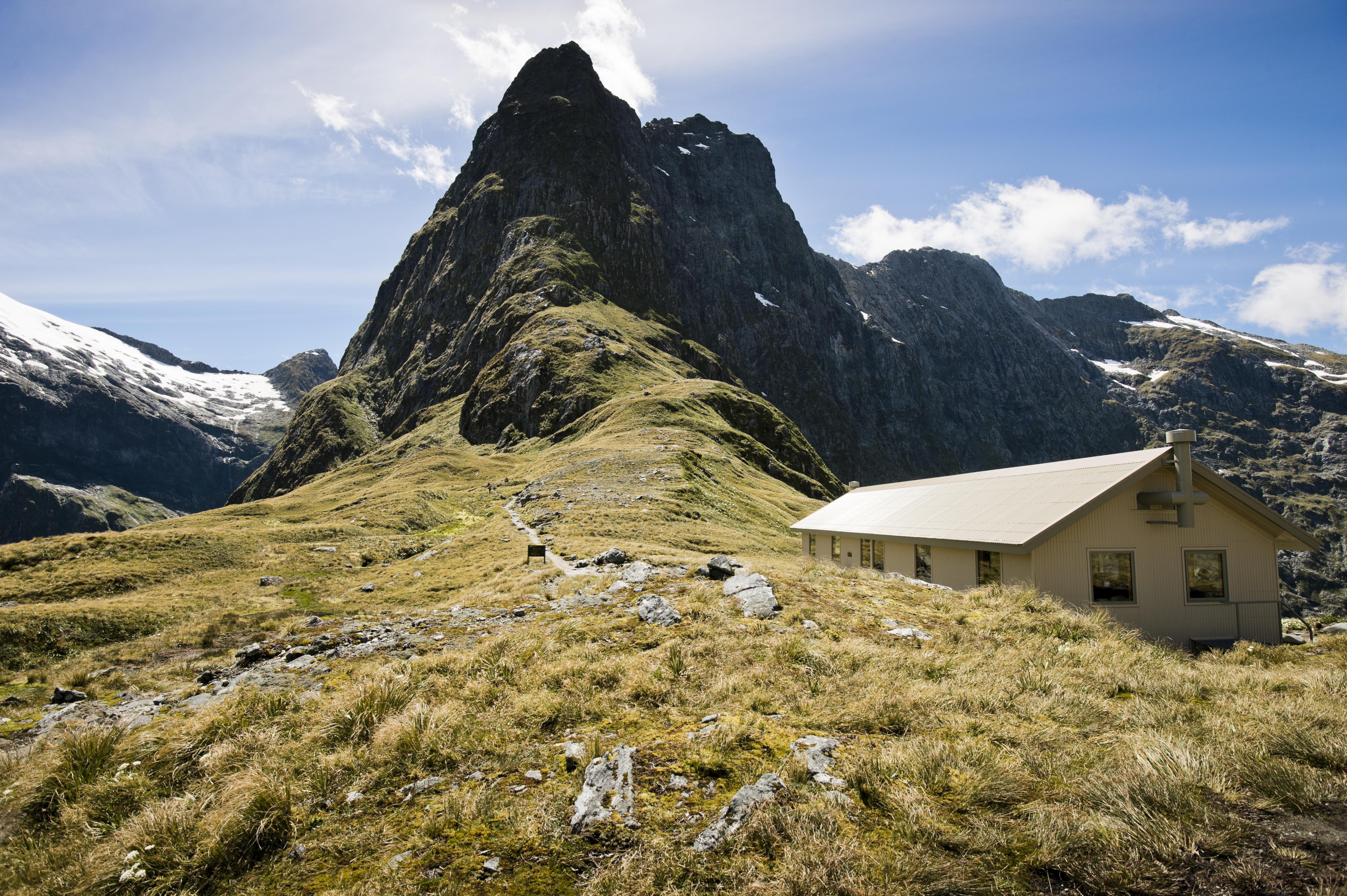 Mackinnon Pass Hut