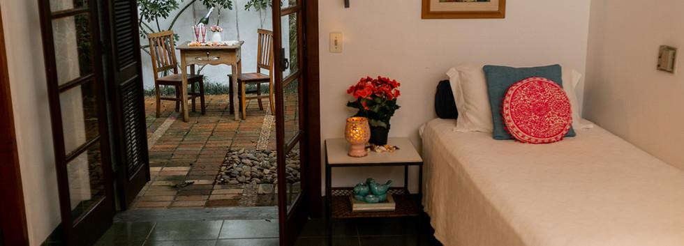 quarto conjugado com varanda