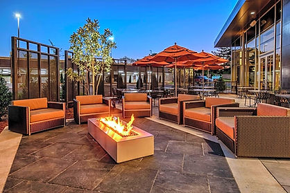 Hilton Franklin Cool Springs outside.jpg