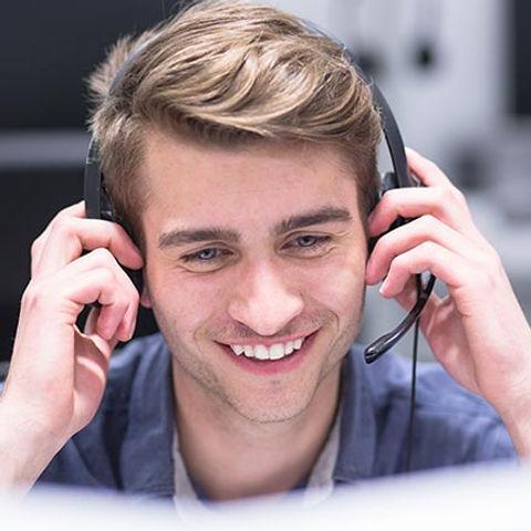 smiling-advisor-close-up760.jpg