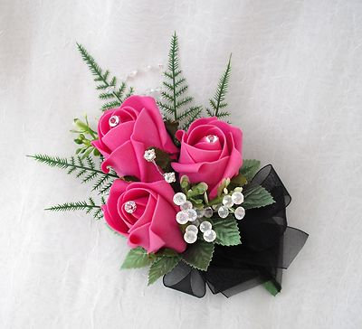 3 FLOWER DIAMONTE TOPPED LADIES CORSAGE